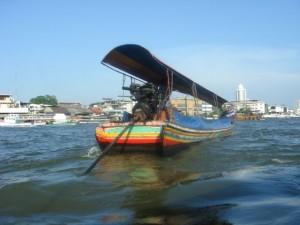 Mit dem Longtailboot auf Klongtour